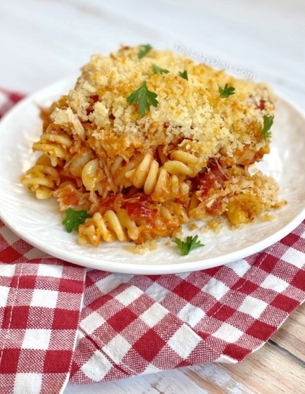 Easy Chicken Parmesan Casserole With Pasta -- A super simple main dish for the family! Even your picky eaters will love this budget friendly meal.