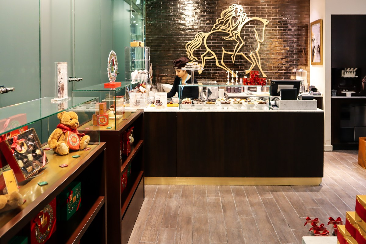 Godiva St Pancras International - The LDN Diaries