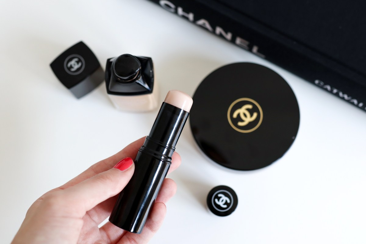 Chanel Baume Essentiel Transparent Highlighter Review