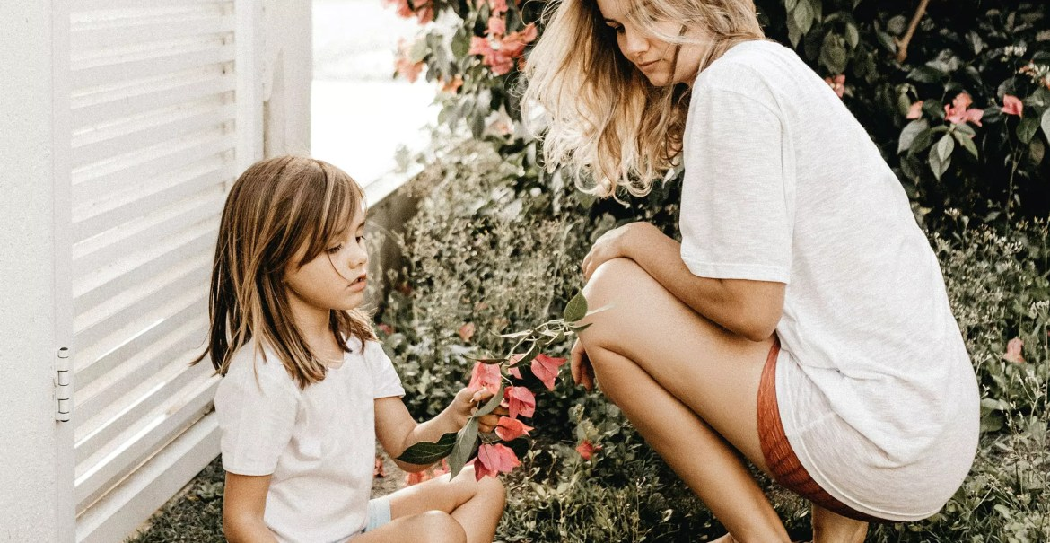 Spending time outside with little ones as a student mom