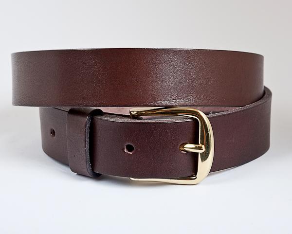 3cm Dark brown leather belt with brass buckle