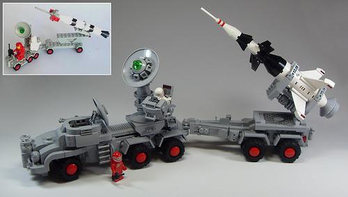 Lego Mobile Rocket Launcher