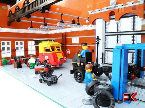 Lego Garage Workshop