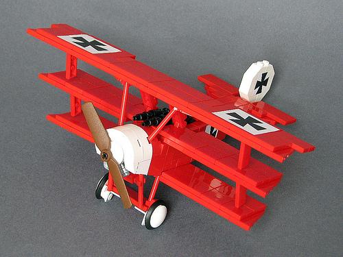 Lego Fokker Tri-plane