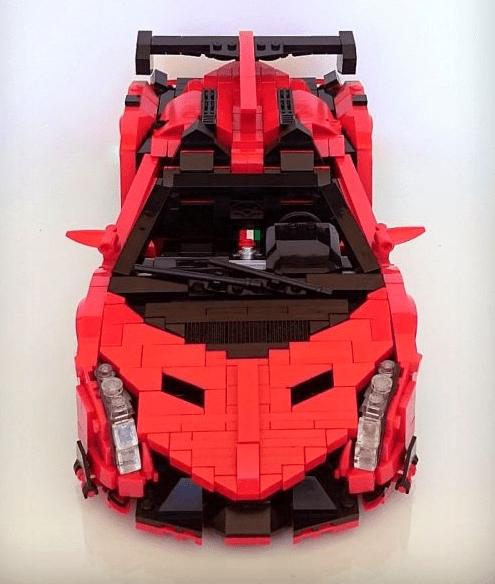 Lego Lamborghini Veneno Roadster