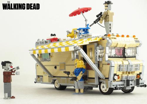 Lego The Walking Dead RV