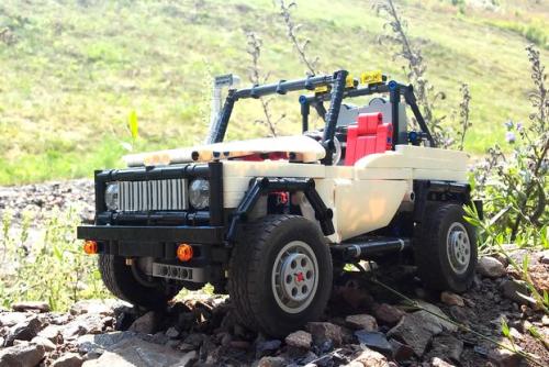 Lego Technic 4x4 Off-Roader Remote Control