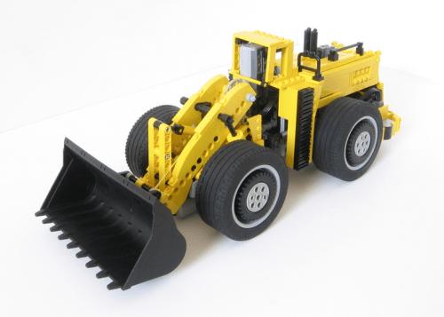 Lego RC Front Loader LeTourneau L-2350