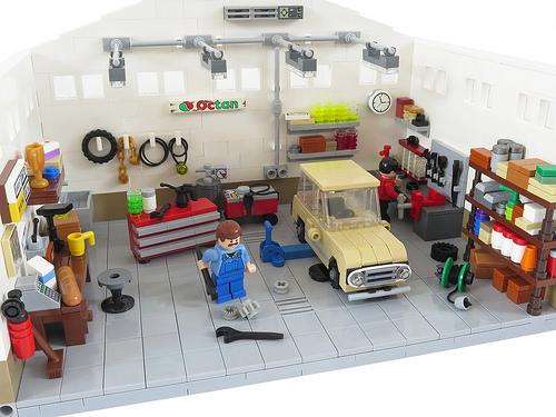 Lego Town Garage