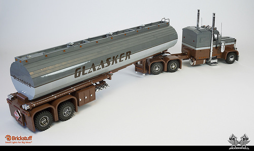 Lego Peterbilt 379 Polar Tanker