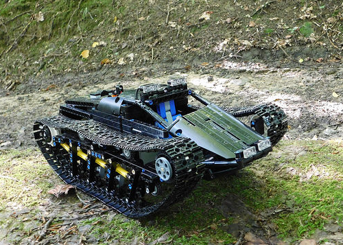 Lego Technic RC Ripsaw