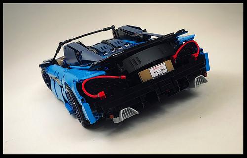 Lego 42083 Bugatti B-Model McLaren 570S