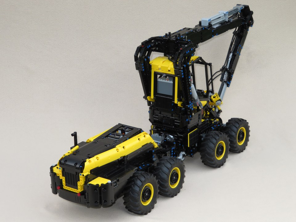 Lego Technic RC Ponsse Scorpion King Forester