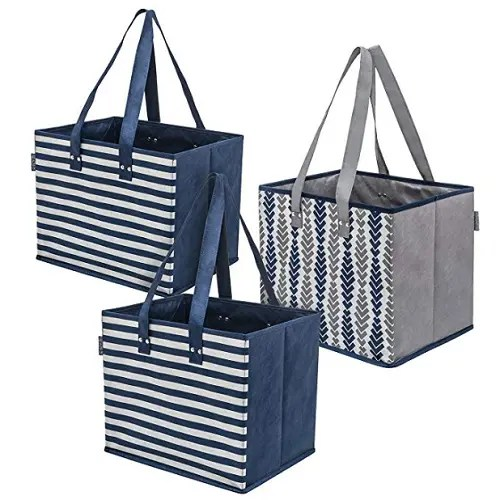 Shopping bags made from recycled plastic bottles