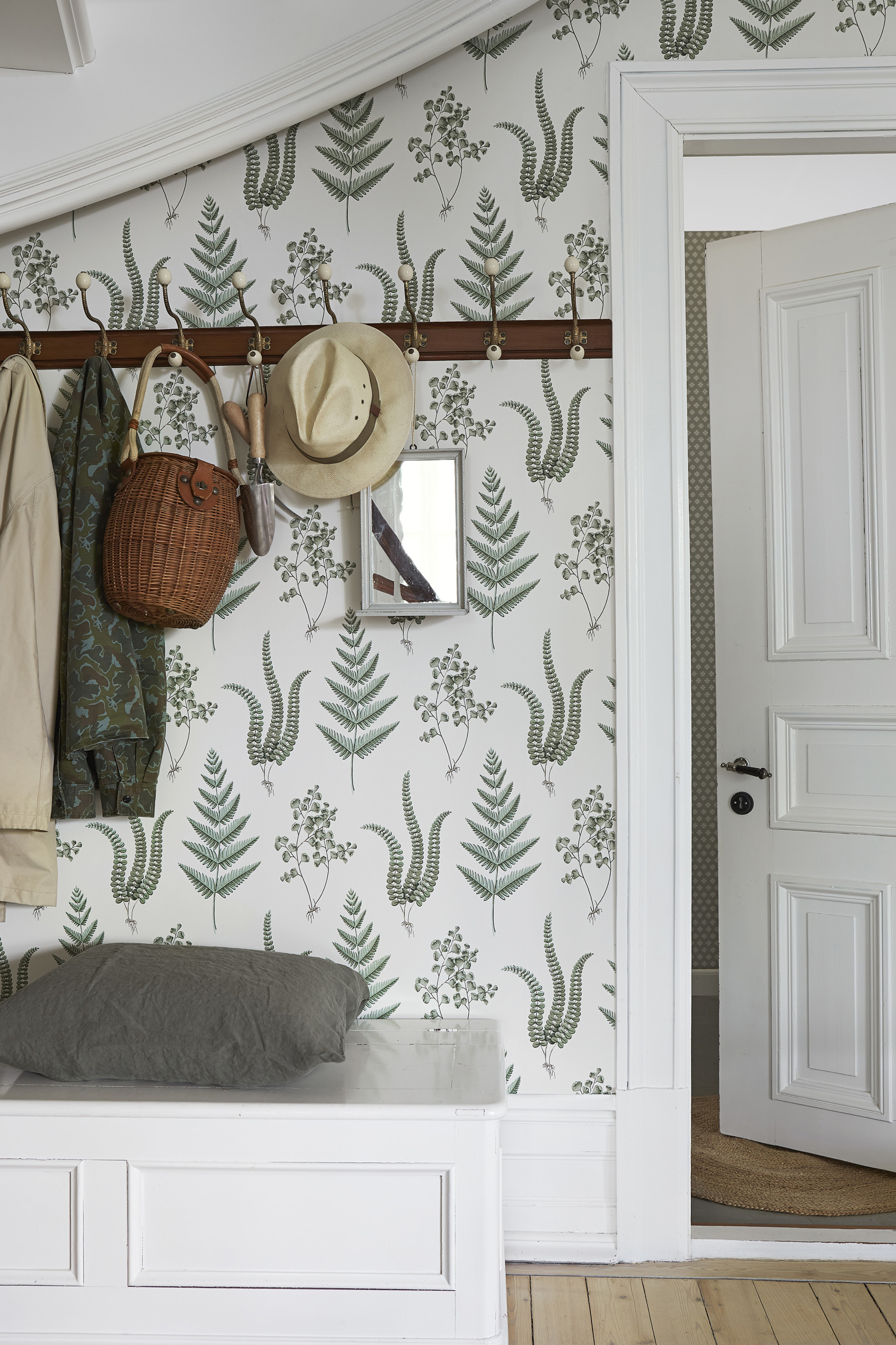 Fern Wallpaper Herbal From Anthropologie The Lettered Cottage