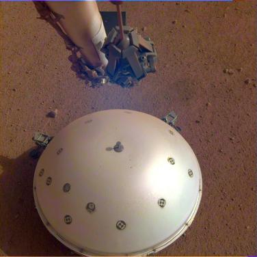 Insight Lander Seismometer which detected the Marsquake.