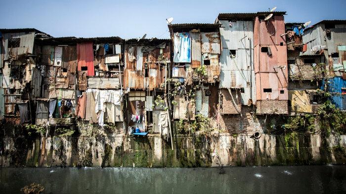 Why-Isn't-Philanthropy-Investing-in-Urban-Slums.jpg
