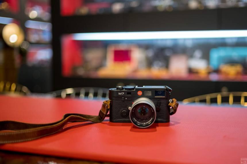 Leica M7 in black color