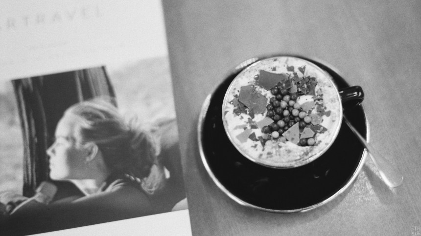 Leica M7, Summilux-M 1:1.4/50 asph | ILFORD HP5 film | B+W Red filter