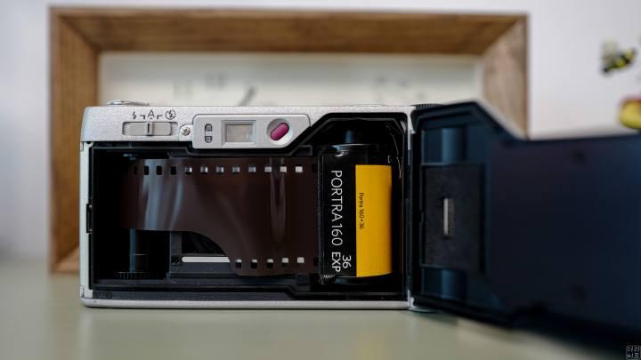 필카에 필름은 디지털카메라의 센서에 해당한다!