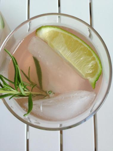 Close up... the lime and rosemary really bring a lot to the drink.