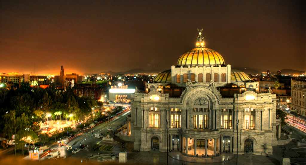 Palacio de Bellas Artes by Eneas de Troya via Flickr