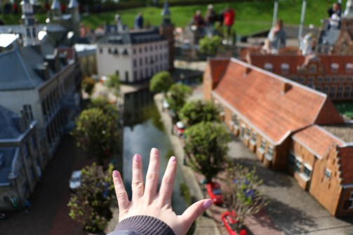 Look at how tiny and awesome Madurodam/Mini Holland is!