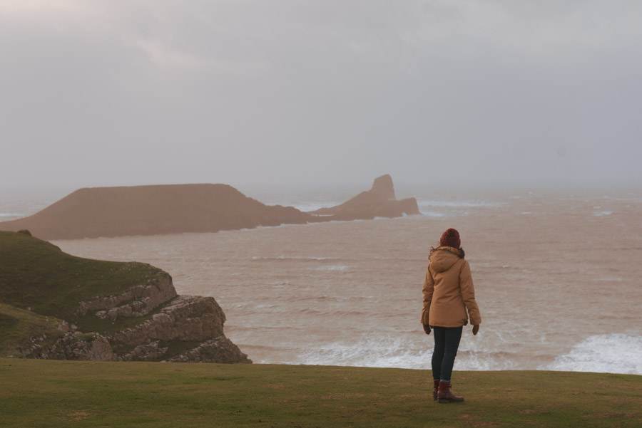 Image of a woman staring out to sea - fixed mindset