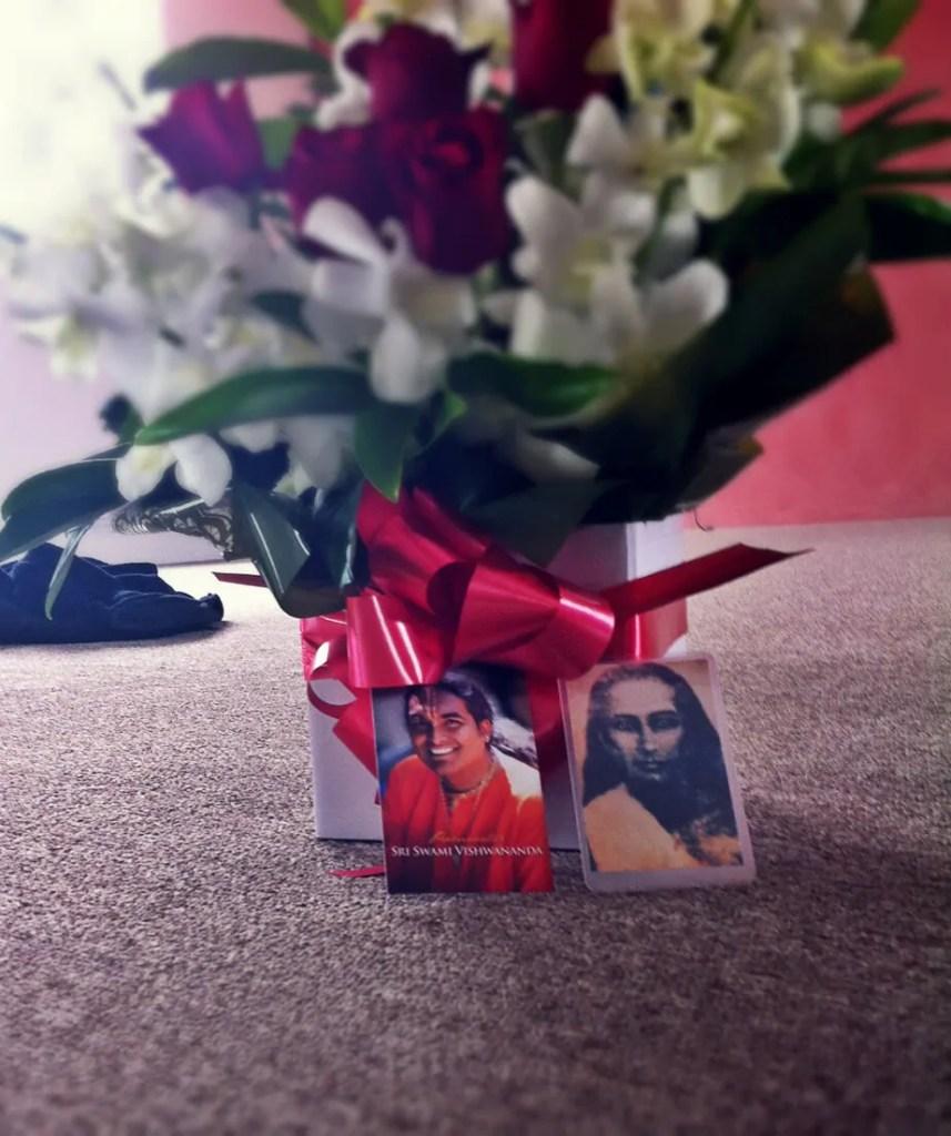 sri swami vishwananda and  mahavatar babaji