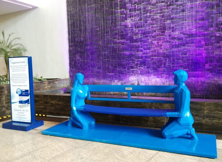 "Neurobion Functional Art Installation ""Supportive Hands"""
