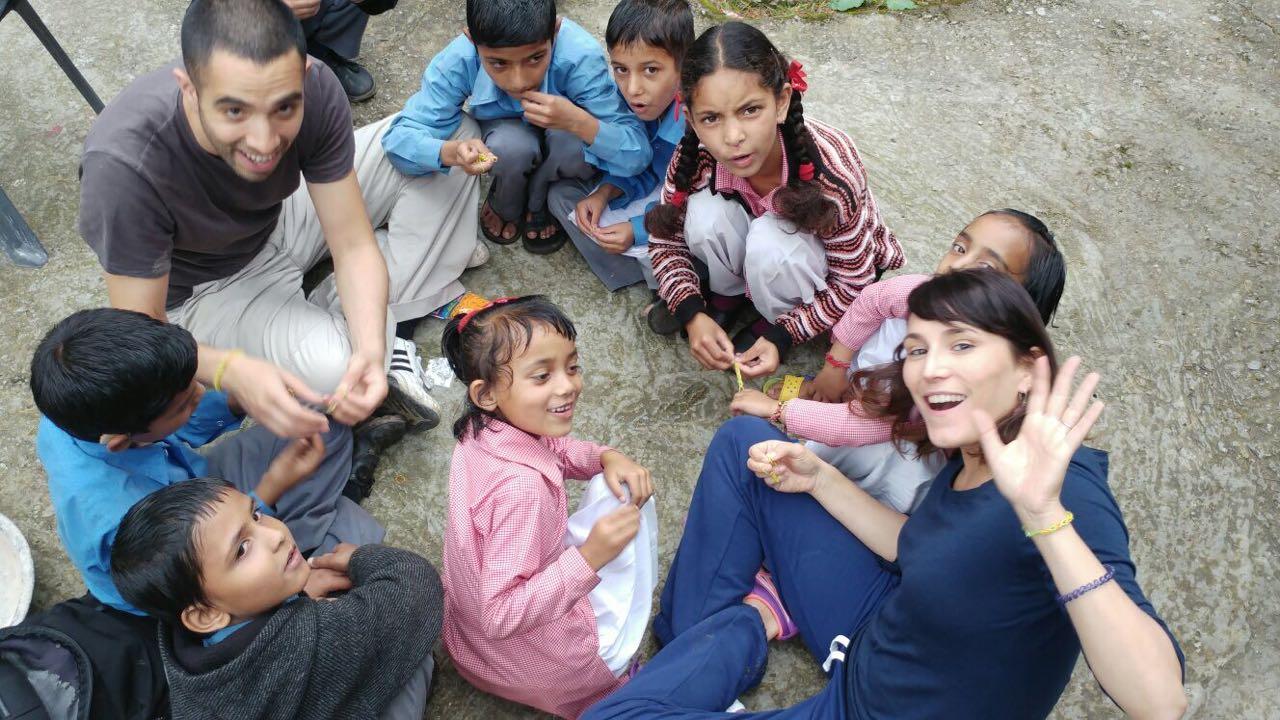 India volunteer kids