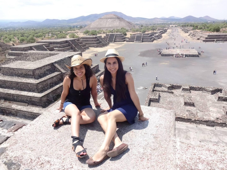 Teotihuacan Pyramid friend