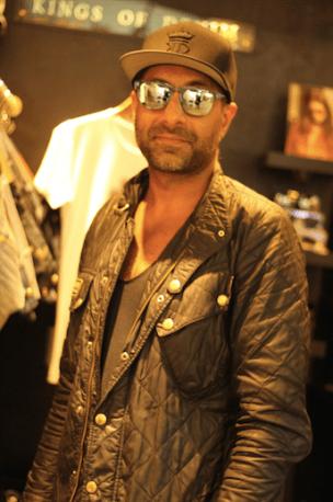 Mojo Market - Clothes