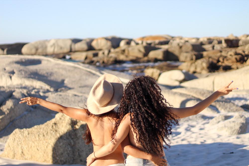Sandy Bay: una playa nudista en Ciudad del Cabo, Sudáfrica
