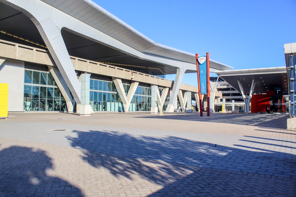 How to get to and from Cape Town International Airport (CPT) in South Africa