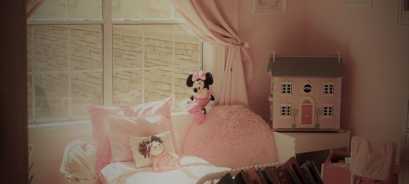 House Tour- Part 1 Little L Bedroom