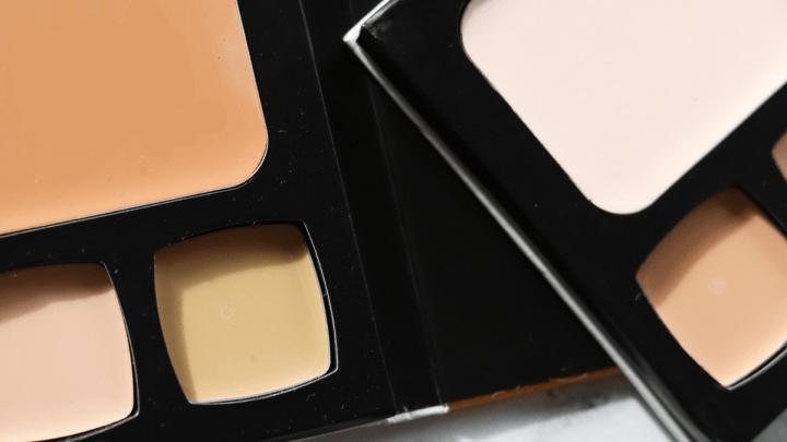 10 Makeup Hacks to Enhance Your Eyes