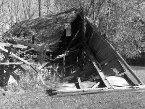 201001 LM barn down