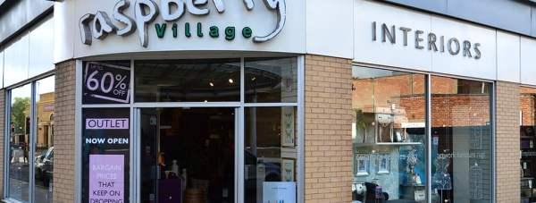Rasberry-Village-18-10-2012-SS-1-CROP