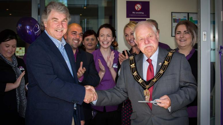 Mayor of Lincoln Pat Vaughan and local weatherman John Kettley open the new Premier Inn on Broadgate.