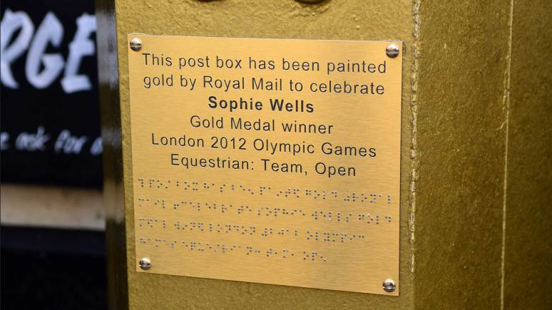 The new commemorative plaque on Lincoln's gold postbox, to help remember Sophie Wells' achievements and the 2012 Games. Photo: Steve Smailes for The Lincolnite