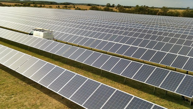The first Lincoln solar farm at Danes Farm in Stow is maintained by Freewatt and grazed by sheep. It generates over 3MW of power.
