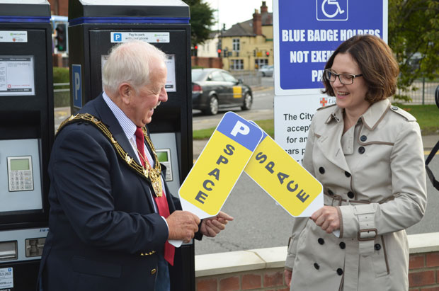 Mayor of Lincoln Patrick Vaughan and Ursula Lidbetter, Chief Executive of Lincolnshire Co-op, officially opened the new Sincil Street car park, on the former Grand Hotel and Oxford Hall site.