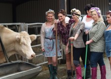 Behind the scenes at the Rand Farm Charity shoot, Photo: Katie Johnson