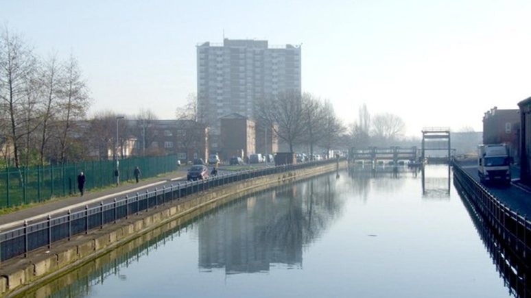 The River Witham at the Stamp End lock, as seen from the Stamp End footbridge. Photo: Dave Hitchborne