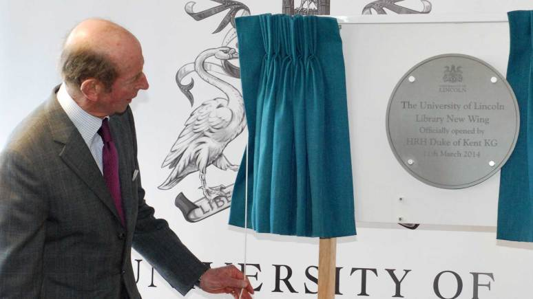 HRH Duke of Kent unveils the special plaque. Photo: University of Lincoln