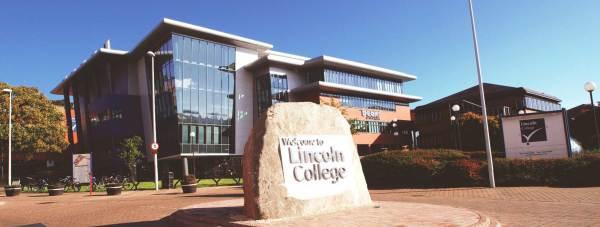 Lincoln_College