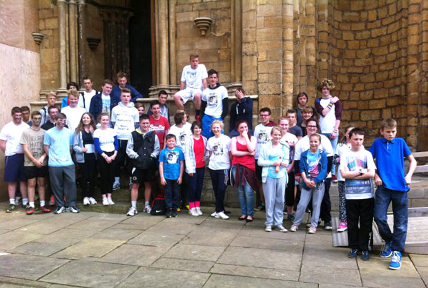 Dozens of Lincoln teenagers ran in memory of their friend, Matty Ellis, 16, who died after a car crash last week. On Saturday, April 26, they ran from the Lincoln Imp pub to the Cathedral. The youngest runner was a 10-year-old boy.