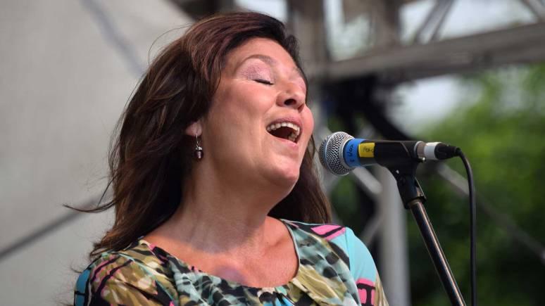 Zoot-Singer
