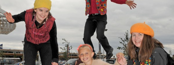 Chloe Houlden (9) with entertainers.